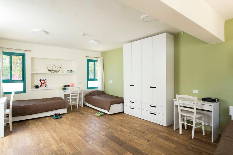 וילונות לחדר שינה - לקוחות עסקיים - תכלת וילונות